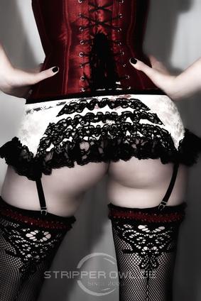 Burlesque Tänzerinnen günstig mieten